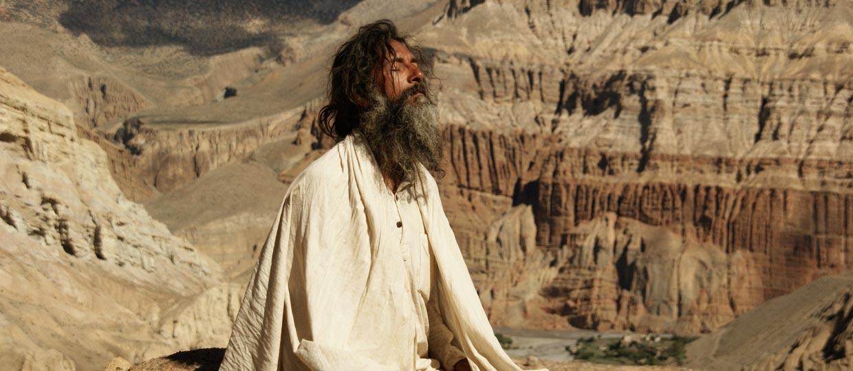 http://www.sadhu-lefilm.com/wp-content/uploads/2012/07/SADHU-Suraj-en-yoga-1.jpg